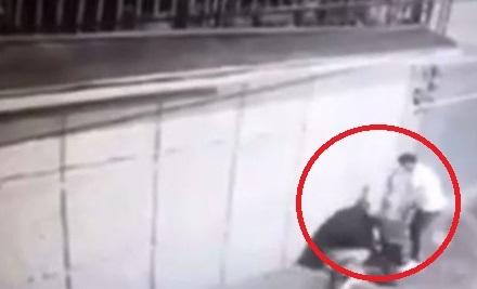 VIDEO: FUERTE GOLPIZA RECIBIÓ UNA MUJER EN TOLUCA