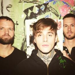 THE BREAKTHROUGH BAND AT GRAMMY'S - HIGHLY SUSPECT at http://www.kurrentmusic.com/blogviewer.html?blog-guid=f0fcbe42-efe5-4976-9149-0ffac88fbfb9