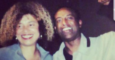 Najiib shunuuf with Angela Davis