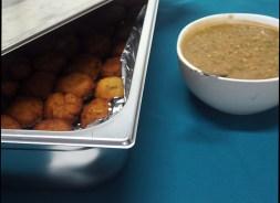 Bajiyo ja bisbaas eli somalialaisia falafelejä ja chilikastiketta