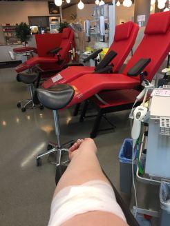 Tiedottaja kävi luovuttamassa verta VeriRyhmässä SSL.