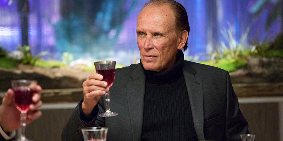 The Last Ship 407 - Feast - Dr. Vellek (Peter Weller)
