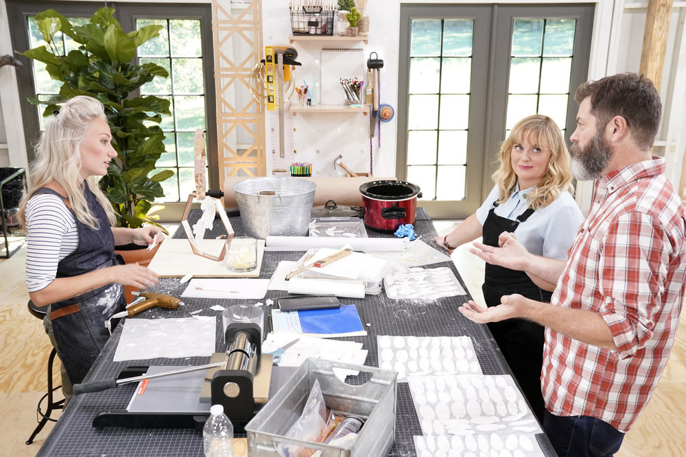 "MAKING IT -- ""You Crafty"" Episode 101 -- Pictured: (l-r) Nicole, Amy Poehler, Nick Offerman -- (Photo by: Paul Drinkwater/NBC)"