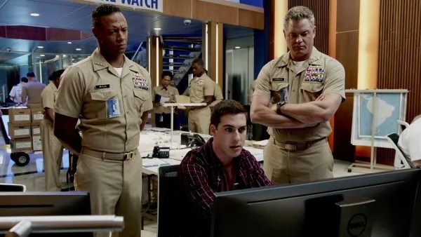 The Last Ship - Emerson Brooks with other cast members