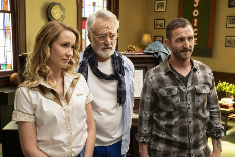 """PERFECT HARMONY -- """"Pilot"""" Episode 101 -- Pictured: (l-r) Anna Camp as Ginny, Bradley Whitford as Arthur, Will Greenberg as Wayne -- (Photo by: Justin Lubin/NBC)"""