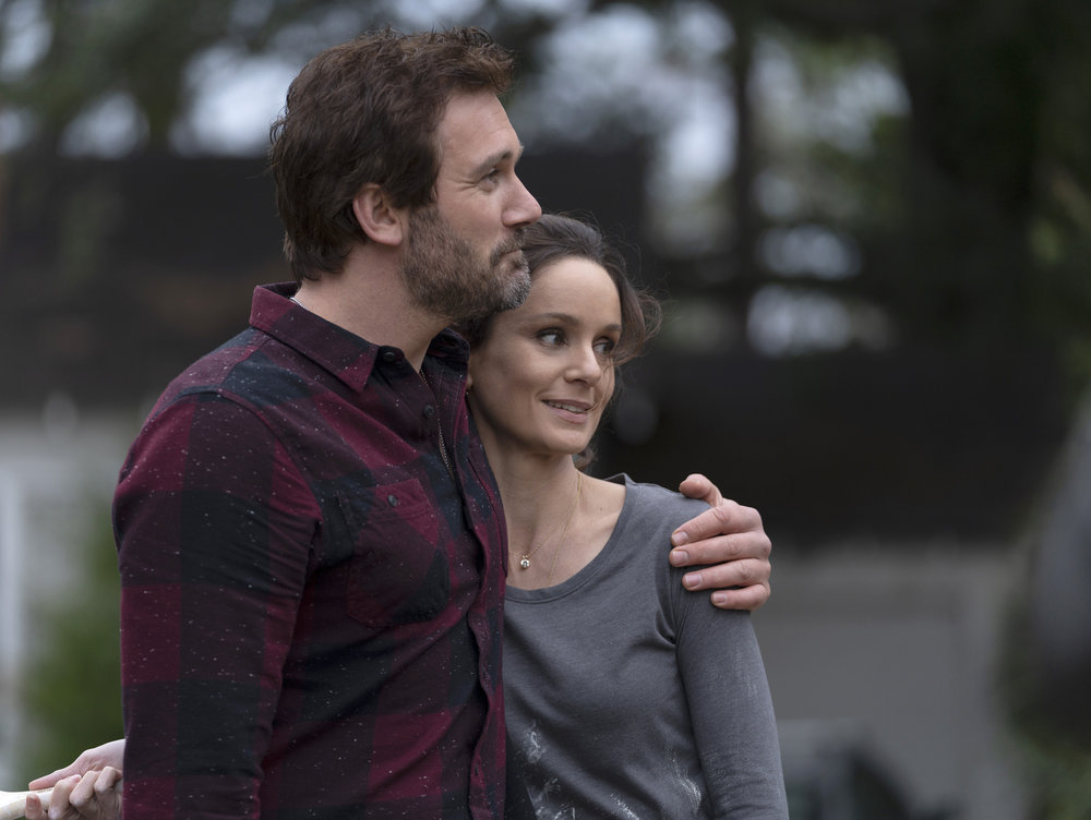 Episode 105 -- Pictured: (l-r) Clive Standen as Anthony Lavelle, Sarah Wayne Callies as Robin Perry -- (Photo by: Seth F. Johnson/NBC)