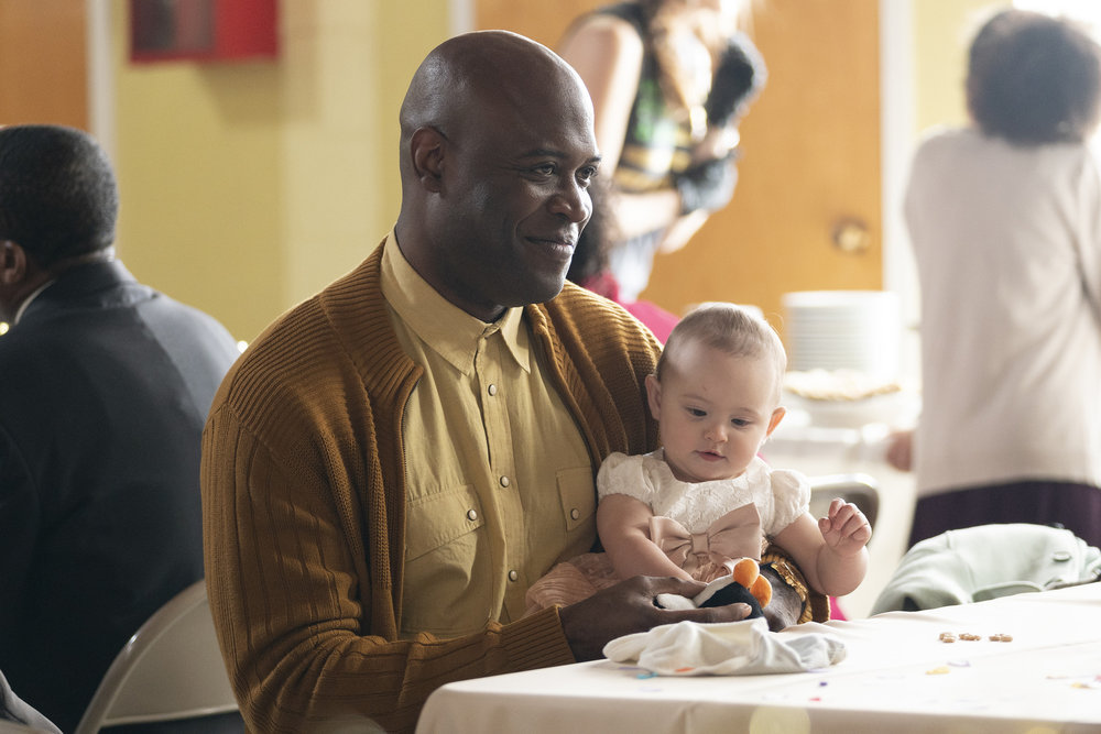 "COUNCIL OF DADS -- ""The Best Laid Plans"" Episode 107 -- Pictured: (l-r) Kevin Daniels as Peter Richards, Baby Hope -- (Photo by: Seth F. Johnson/NBC)"