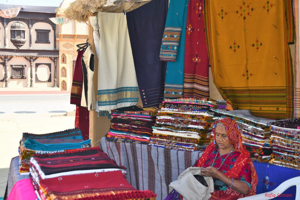 Woolen Shawls for sale