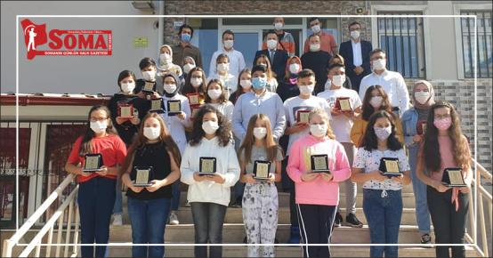 Fen Lisesi ve Bursluluk sınavını kazanan öğrencileri tebrik etti
