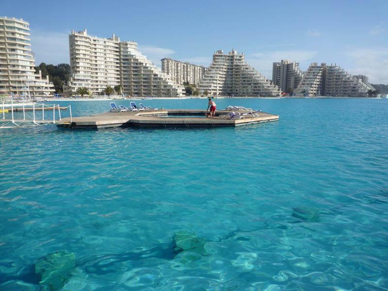 maior piscina do mundo fica no chile e tem 1km