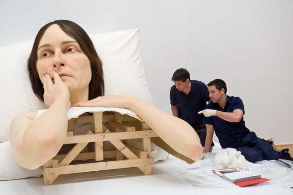 Esculturas humanas hiper-realistas