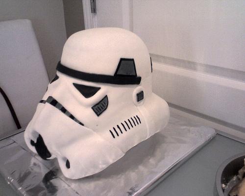 Doce Stormtrooper Groom