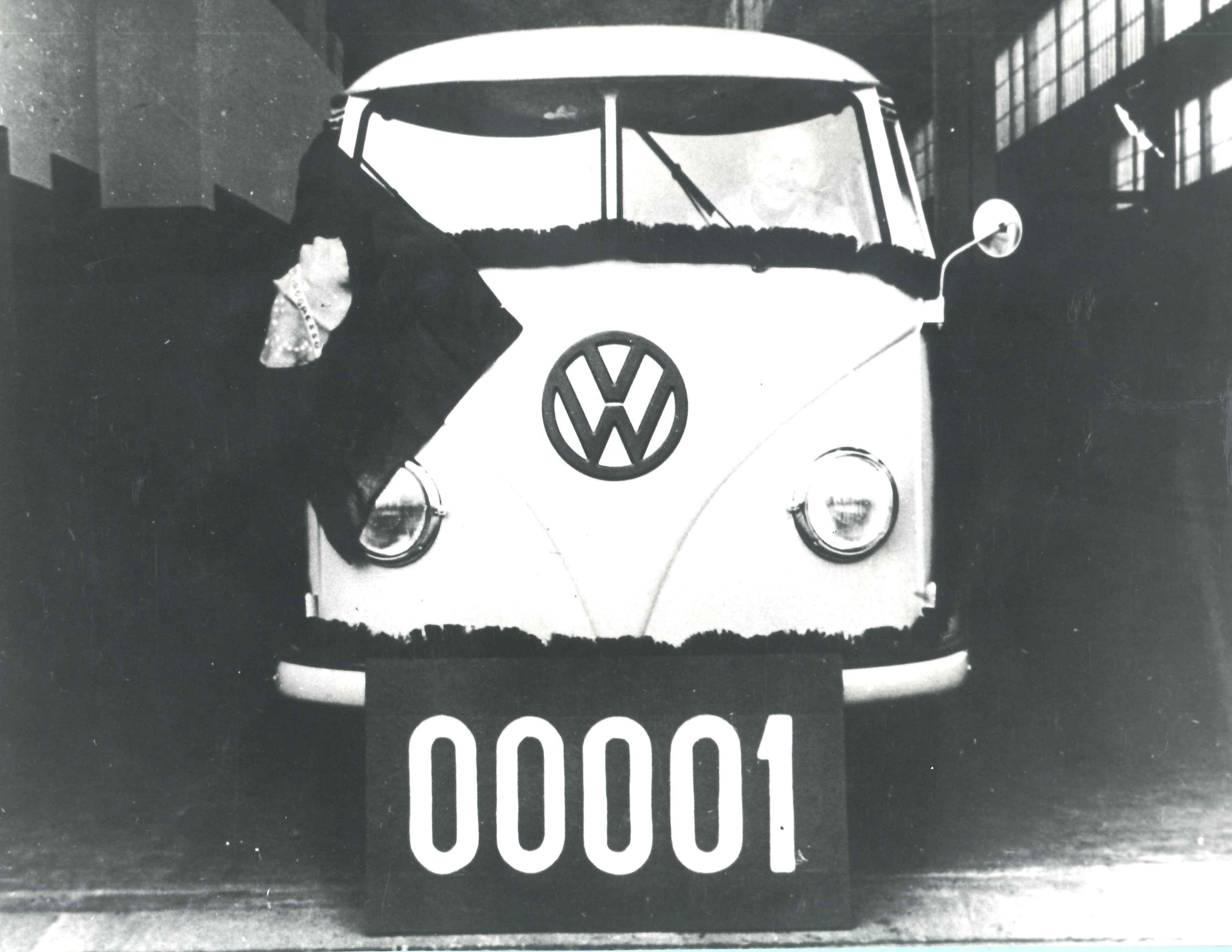 Volkswagen Kombi - primeira Kombi