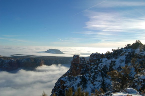 grand-canyon-filled-with-fog-november-thanksgiving-2013-3
