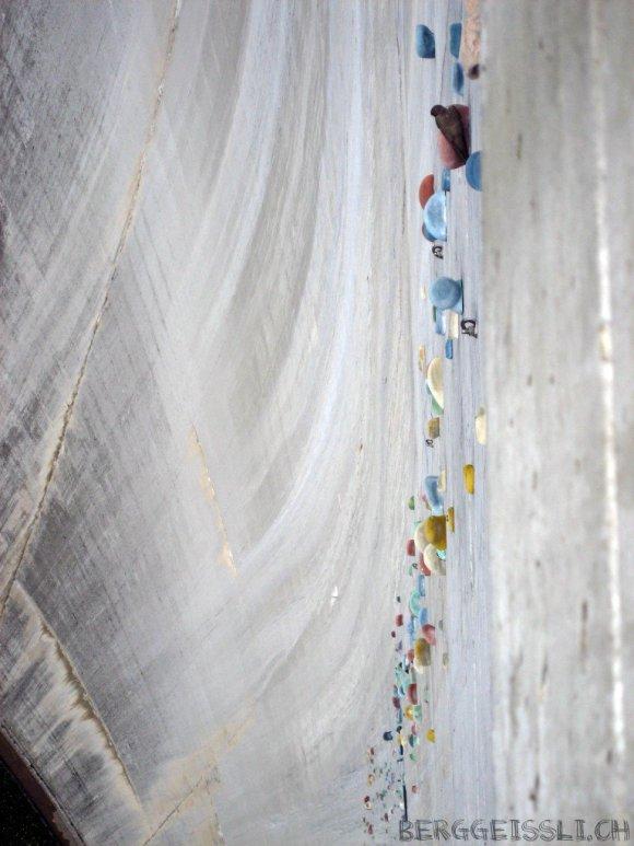 Represa Luzzone - Parede de escalada - Suíça (13)