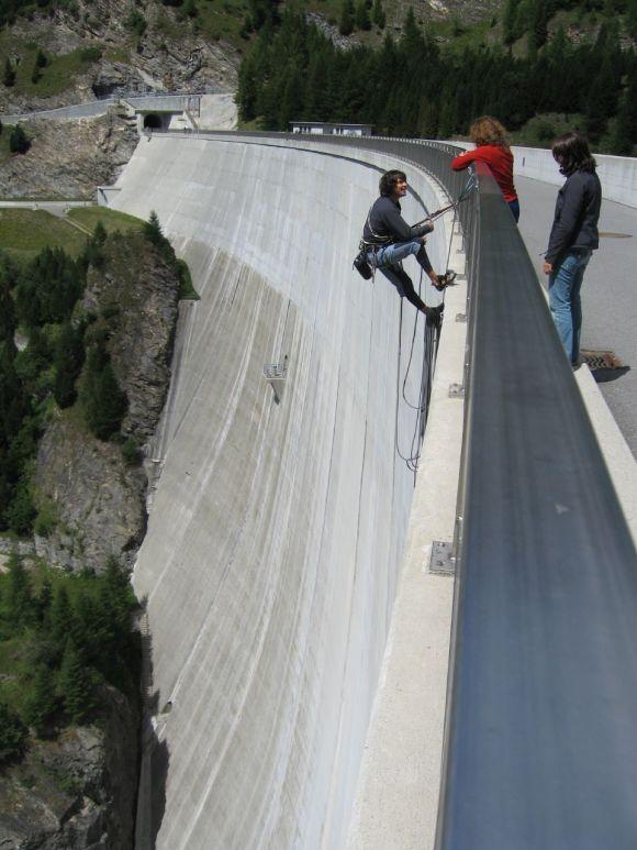 Represa Luzzone - Parede de escalada - Suíça (14)