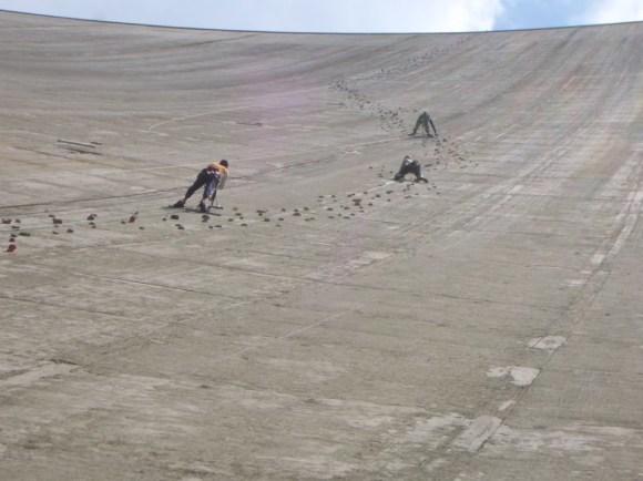 Represa Luzzone - Parede de escalada - Suíça (2)