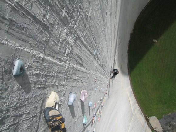 Represa Luzzone - Parede de escalada - Suíça (4)