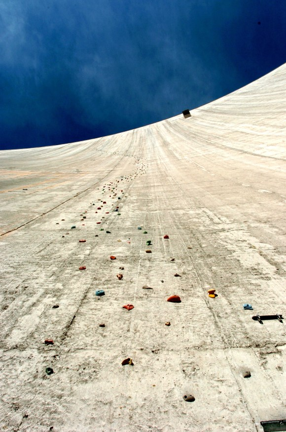 Represa Luzzone - Parede de escalada - Suíça (9)