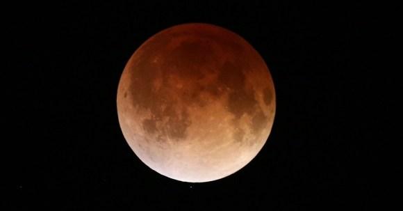 Lua vermelha - Lua de sangue - eclipse da lua (1)
