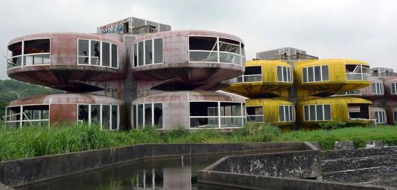 Cidades abandonadas - Sanzhi Pod (6)