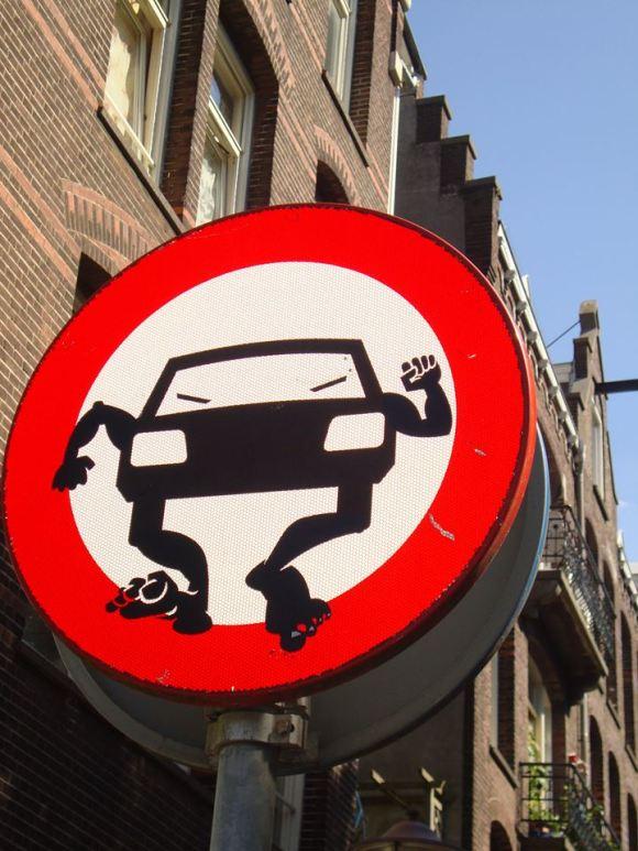 Street art - clet - 21