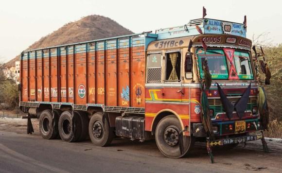 Caminhões decorados da Índia - 15