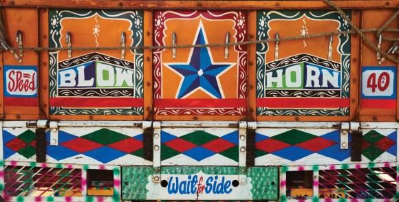 Caminhões decorados da Índia - 26