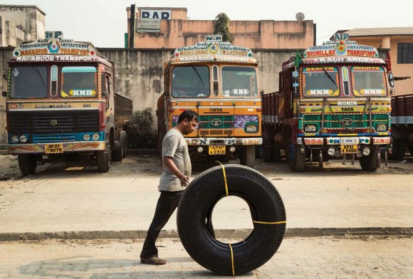 Caminhões decorados da Índia - 30