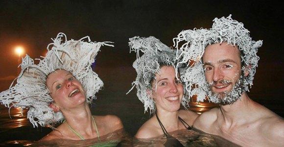 Águas termais em regiões de baixíssimas temperaturas resultam em cabelos congelados