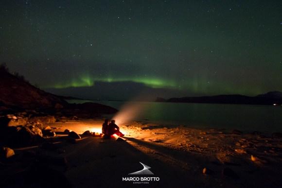 Aurora Boreal - praia de Sommaroy, Noruega