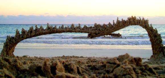 Esculturas de areia diferentes 4