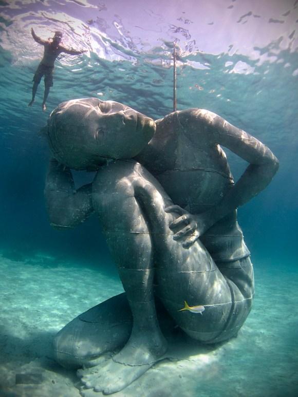 Maior escultura submersa do mundo 1