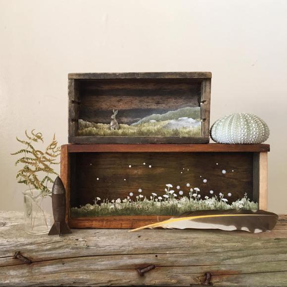 Arte - mundos em caixas de madeira 8