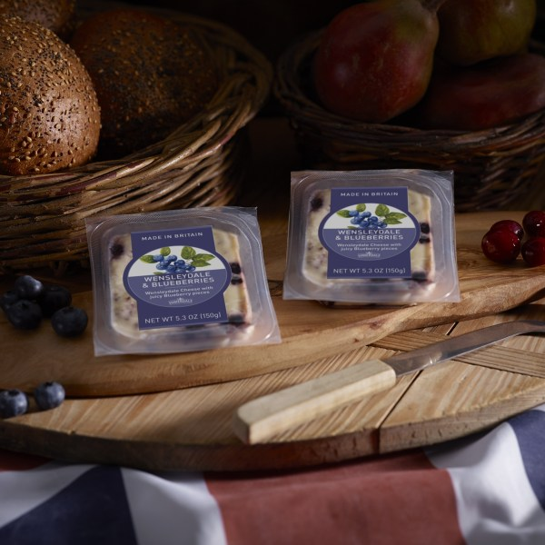 Somerdale Wensleydale with Blueberries 150g retail portions