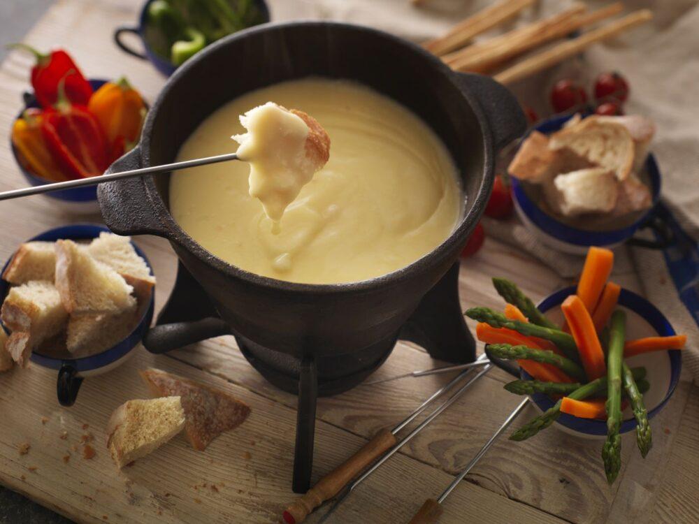 The Ultimate Cheddar Cheese Fondue Recipe