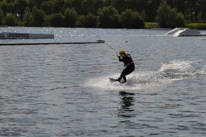riding switch on wakeboard4
