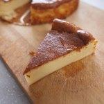 人気のベイクドチーズケーキ簡単レシピ、ミキサーで混ぜるだけ!
