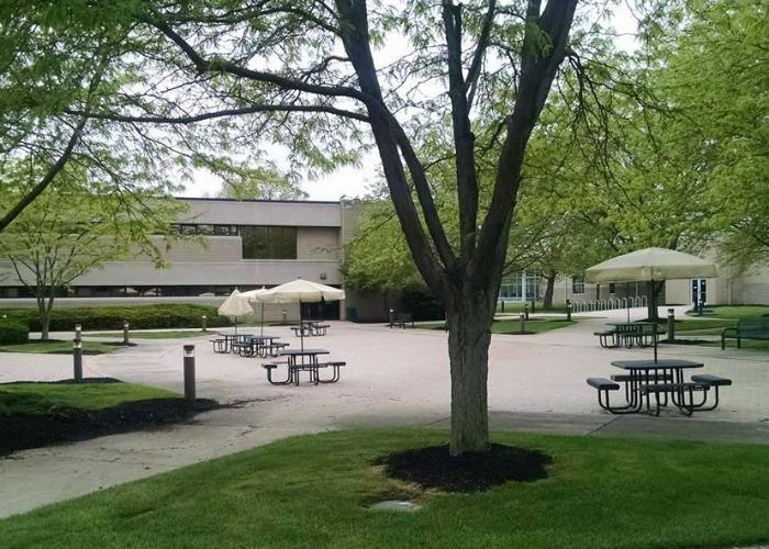 Edison College Courtyard