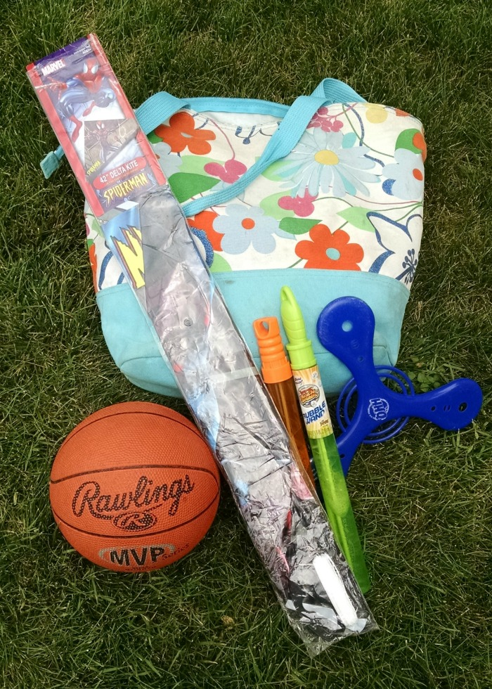 Floral park bag with mini basketball