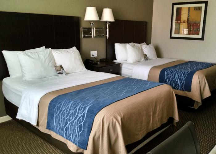 Comfort Suites main bedroom