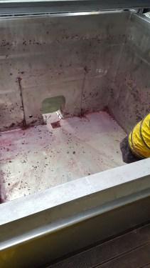 Pinot tank post dug-out