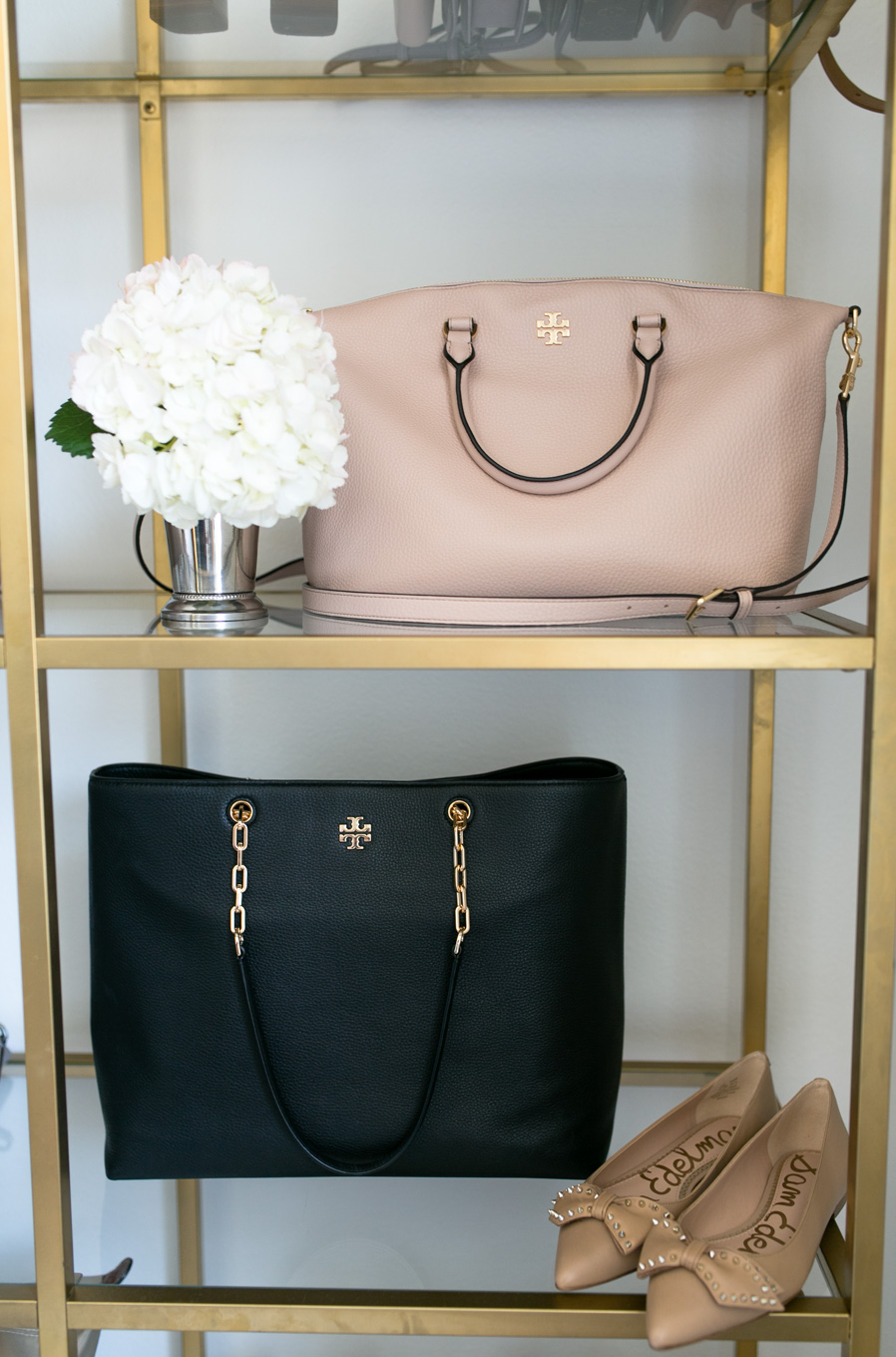 Daryl-Ann Denner shares her favorite handbags of the Nordstrom Anniversary Sale 2017 including the Tory Burch Frida Leather Satchel in Light Oak and the Tory Burch Frida Pebbled Leather Tote in Black.