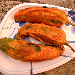 Chilly Fritters (Mulaku Bajji)