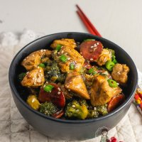 Keto Chicken and Broccoli Stir Fry