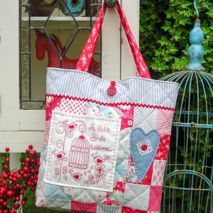 Quilting Sewing Bag Pattern A LITTLE BIRDIE Sally Giblin Rivendale Collection New