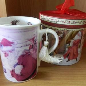 Country Christmas Santa Coffee Mug with Gift Box Ornamental Decoration New