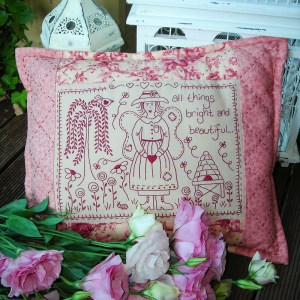 Quilting Sewing Cushion Pattern BRIGHT & BEAUTIFUL Sally Giblin Rivendale Collection NEW