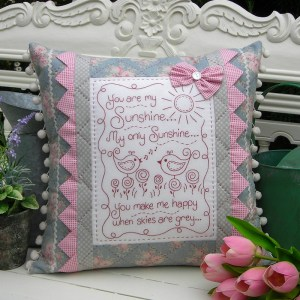 Quilting Sewing Cushion Pattern YOU ARE MY SUNSHINE Sally Giblin Rivendale Collection NEW