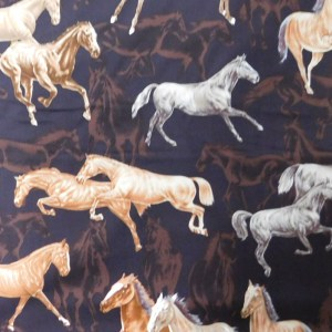 Quilting Patchwork Sewing Fabric BROWN FREE HORSES Cotton Material 50x55cmFQ NEW